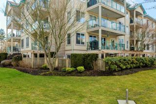 """Photo 18: 108 20433 53 Avenue in Langley: Langley City Condo for sale in """"COUNTRYSIDE ESTATES"""" : MLS®# R2141643"""