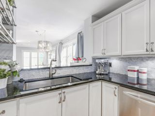 Photo 5: 329 W 15TH AVENUE in Vancouver: Mount Pleasant VW Townhouse for sale (Vancouver West)  : MLS®# R2102962