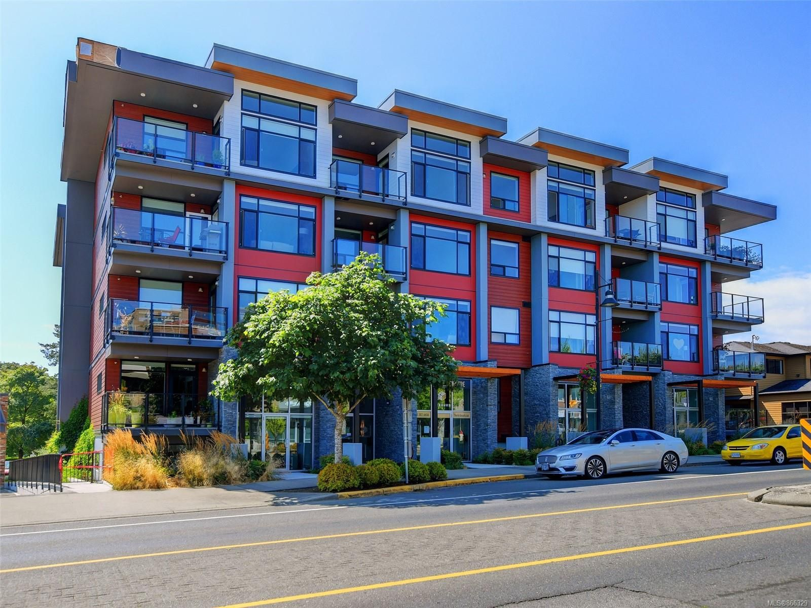 Main Photo: 508 7162 West Saanich Rd in : CS Brentwood Bay Condo for sale (Central Saanich)  : MLS®# 866329