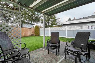 """Photo 11: 104 14271 18A Avenue in Surrey: Sunnyside Park Surrey Townhouse for sale in """"Ocean Bluff Court"""" (South Surrey White Rock)  : MLS®# R2337440"""