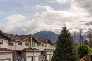 """Photo 22: 1 39752 GOVERNMENT Road in Squamish: Northyards Townhouse for sale in """"Mountain View Manor"""" : MLS®# R2509017"""