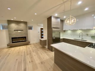 Photo 9: 4 138 W 13TH AVENUE in Vancouver: Mount Pleasant VW Townhouse for sale (Vancouver West)  : MLS®# R2547641