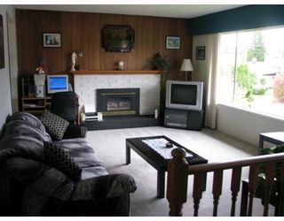Photo 2: 3534 CARLISLE Street in Port_Coquitlam: Woodland Acres PQ House for sale (Port Coquitlam)  : MLS®# V764174