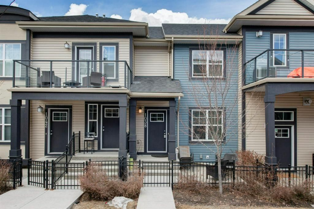 Main Photo: 1038 Mckenzie Towne Villas SE in Calgary: McKenzie Towne Row/Townhouse for sale : MLS®# A1086288