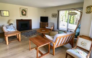 """Photo 3: 8 699 DOUGALL Road in Gibsons: Gibsons & Area Townhouse for sale in """"MARINA PLACE"""" (Sunshine Coast)  : MLS®# R2392536"""