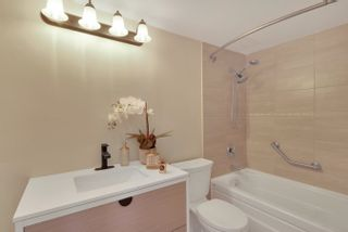 """Photo 28: 206 330 W 2ND Street in North Vancouver: Lower Lonsdale Condo for sale in """"LORRAINE PLACE"""" : MLS®# R2604160"""