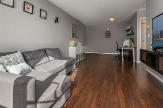 """Photo 3: PH8 1163 THE HIGH Street in Coquitlam: North Coquitlam Condo for sale in """"Kensington Court"""" : MLS®# R2452327"""