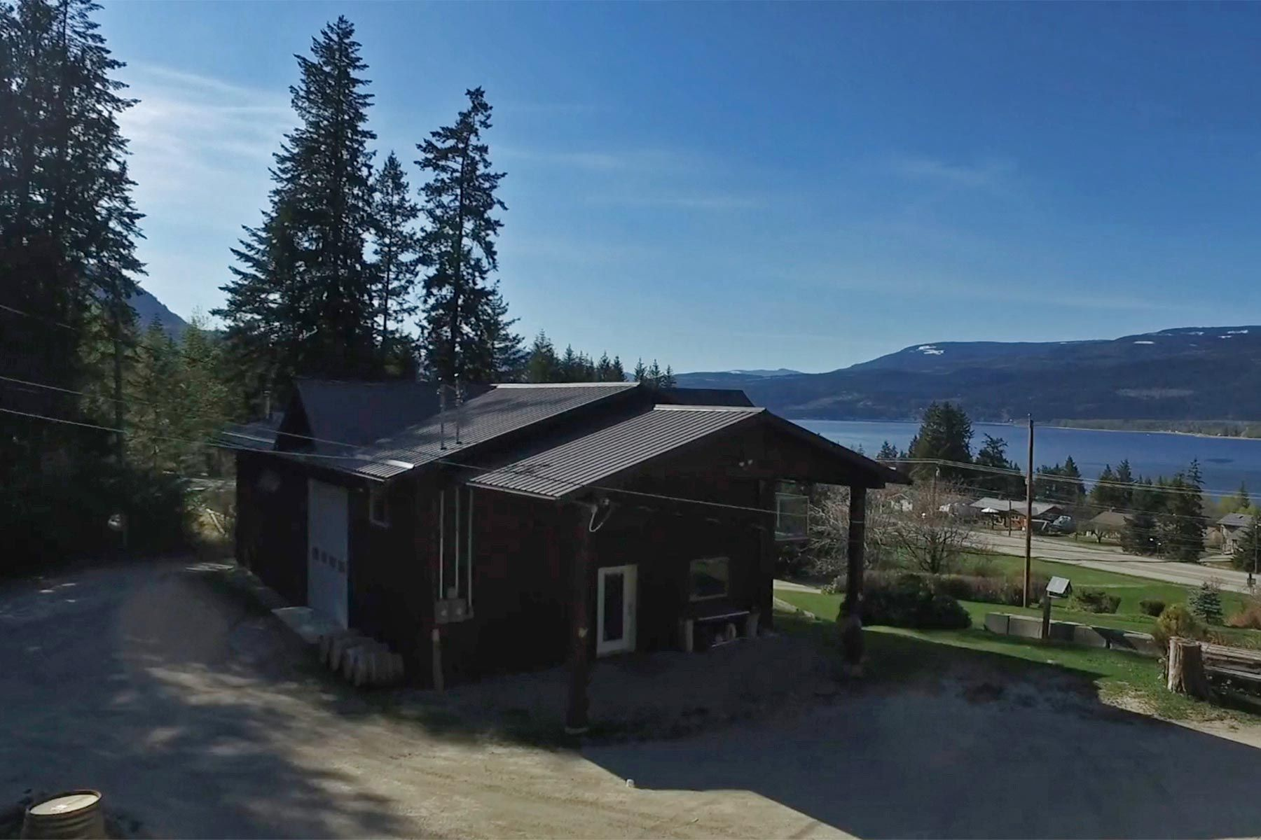 Photo 56: Photos: 1350 Trans Canada Highway in Sorrento: House for sale : MLS®# 10225818