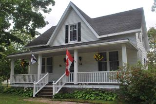 Photo 3: 94 Main Street in Middleton: 400-Annapolis County Residential for sale (Annapolis Valley)  : MLS®# 202106818