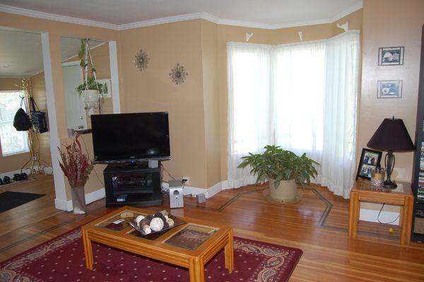 Photo 4: Photos: 796 Eckhardt Ave E. in Penticton: Uplands/Redlands Residential Detached for sale : MLS®# 137262