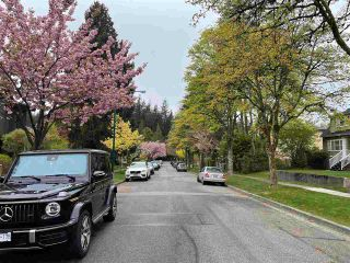 Photo 2: 4624 W 15TH Avenue in Vancouver: Point Grey House for sale (Vancouver West)  : MLS®# R2574218