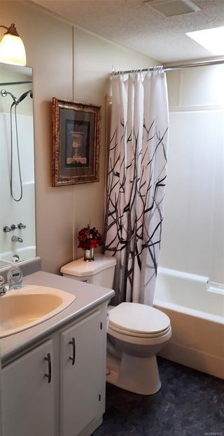 Photo 23: 120 13 CHIEF ROBERT SAM Lane in : VR Glentana Manufactured Home for sale (View Royal)  : MLS®# 881812