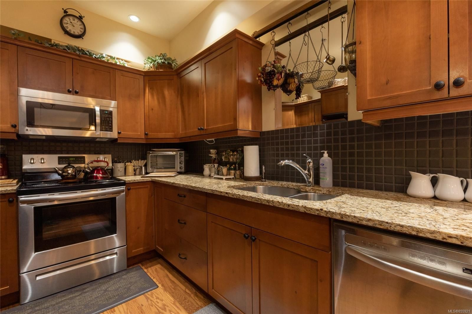 Photo 9: Photos: 206 1244 4TH Ave in : Du Ladysmith Row/Townhouse for sale (Duncan)  : MLS®# 855921