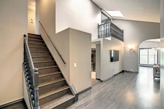 Photo 3: 68 Bermondsey Way NW in Calgary: Beddington Heights Detached for sale : MLS®# A1152009