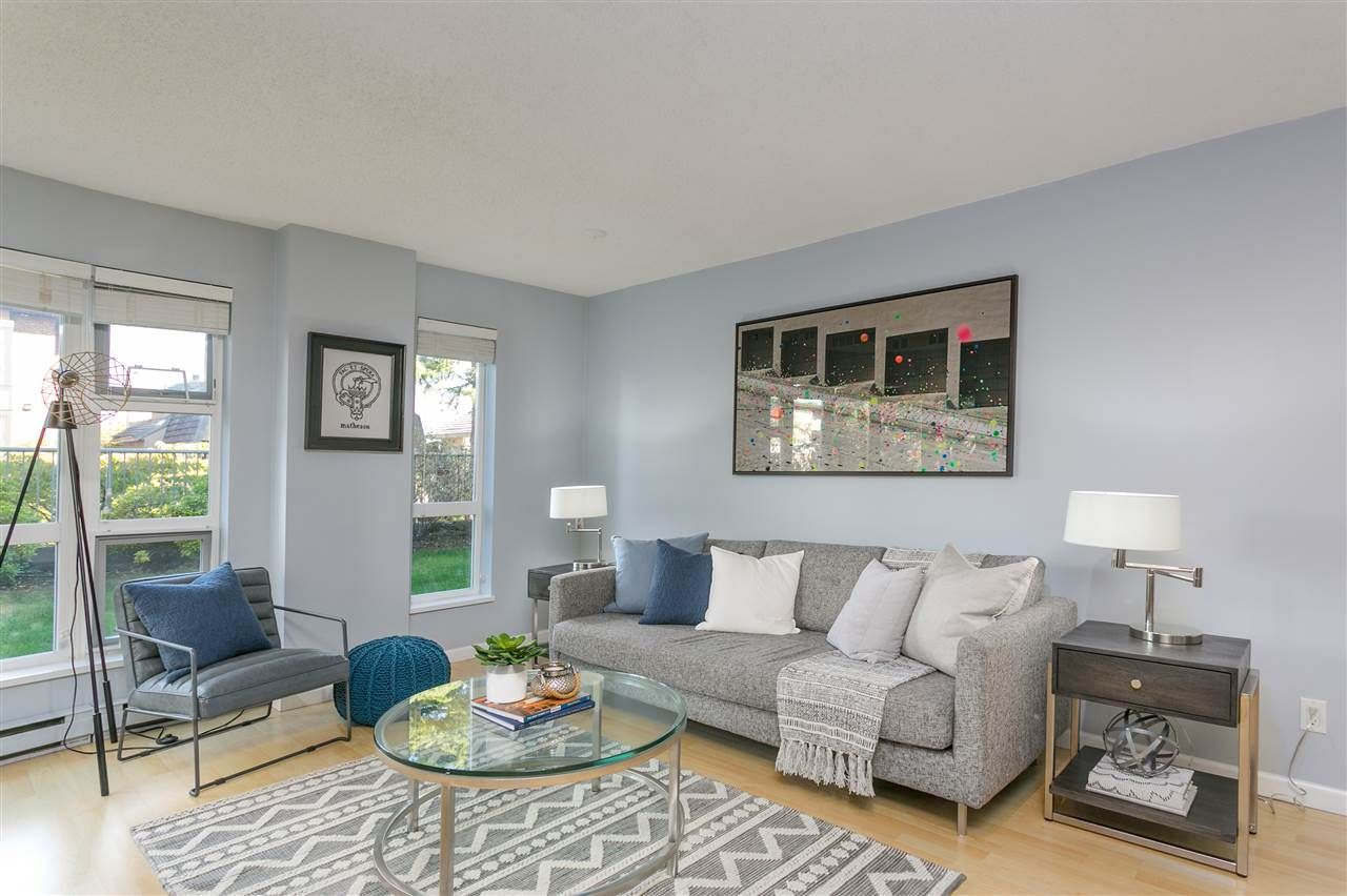 """Photo 5: Photos: 106 2428 W 1ST Avenue in Vancouver: Kitsilano Condo for sale in """"Noble House"""" (Vancouver West)  : MLS®# R2212887"""