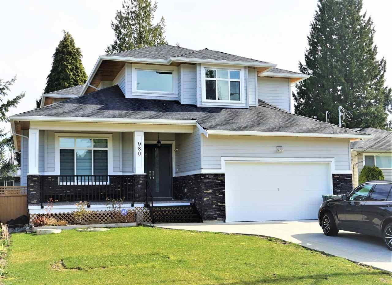 Main Photo: 980 BALBIRNIE Boulevard in Port Moody: Glenayre House for sale : MLS®# R2551313