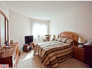"Photo 8: 509 12101 80 Avenue in Surrey: Queen Mary Park Surrey Condo for sale in ""SURREY TOWN MANOR"" : MLS®# F1109543"
