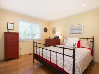Photo 13: 5755 FERGUSON Court in Delta: Tsawwassen East House for sale (Tsawwassen)  : MLS®# R2090014