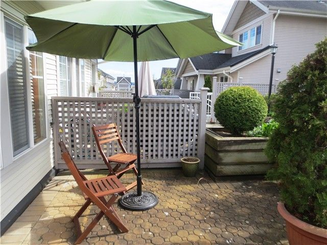 Photo 4: Photos: # 13 240 TENTH ST in New Westminster: Uptown NW Condo for sale : MLS®# V1118355