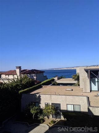 Photo 3: LA JOLLA Townhouse for rent : 3 bedrooms : 7955 Prospect Place #B in LaJolla