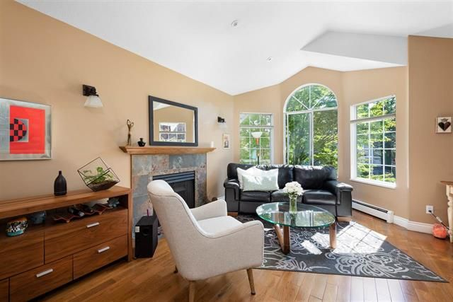 Main Photo: 411 3rd Street in New Westminster: Queens Park House for sale : MLS®# R2488667