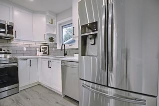 Photo 15: 428 Queensland Place SE in Calgary: Queensland Detached for sale : MLS®# A1123747