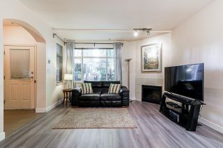 """Photo 4: 54 6878 SOUTHPOINT Drive in Burnaby: South Slope Townhouse for sale in """"CORTINA"""" (Burnaby South)  : MLS®# R2615060"""