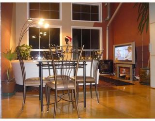 """Photo 5: 305 336 E 1ST Avenue in Vancouver: Mount Pleasant VE Condo for sale in """"ARTECH"""" (Vancouver East)  : MLS®# V749189"""