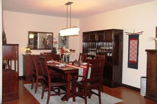 Photo 3: 320 7151121 Street in The Highlands: Home for sale : MLS®# R2212811