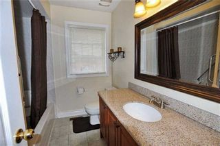Photo 9: 105 Queen Mary Drive in Brampton: Fletcher's Meadow House (2-Storey) for sale : MLS®# W3159861