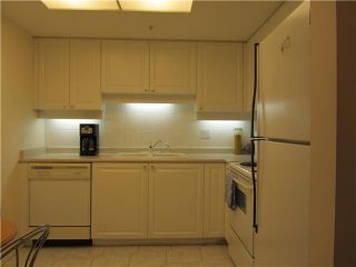 """Photo 5: 604 1185 QUAYSIDE Drive in New Westminster: Quay Condo for sale in """"THE RIVIERA"""" : MLS®# V961261"""