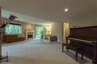 """Photo 12: 64 4001 OLD CLAYBURN Road in Abbotsford: Abbotsford East Townhouse for sale in """"CEDAR SPRINGS"""" : MLS®# R2109700"""