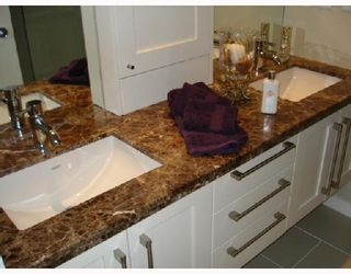 """Photo 7: 5601 WILLOW Street in Vancouver: Cambie Townhouse for sale in """"WILLOW"""" (Vancouver West)  : MLS®# V655470"""
