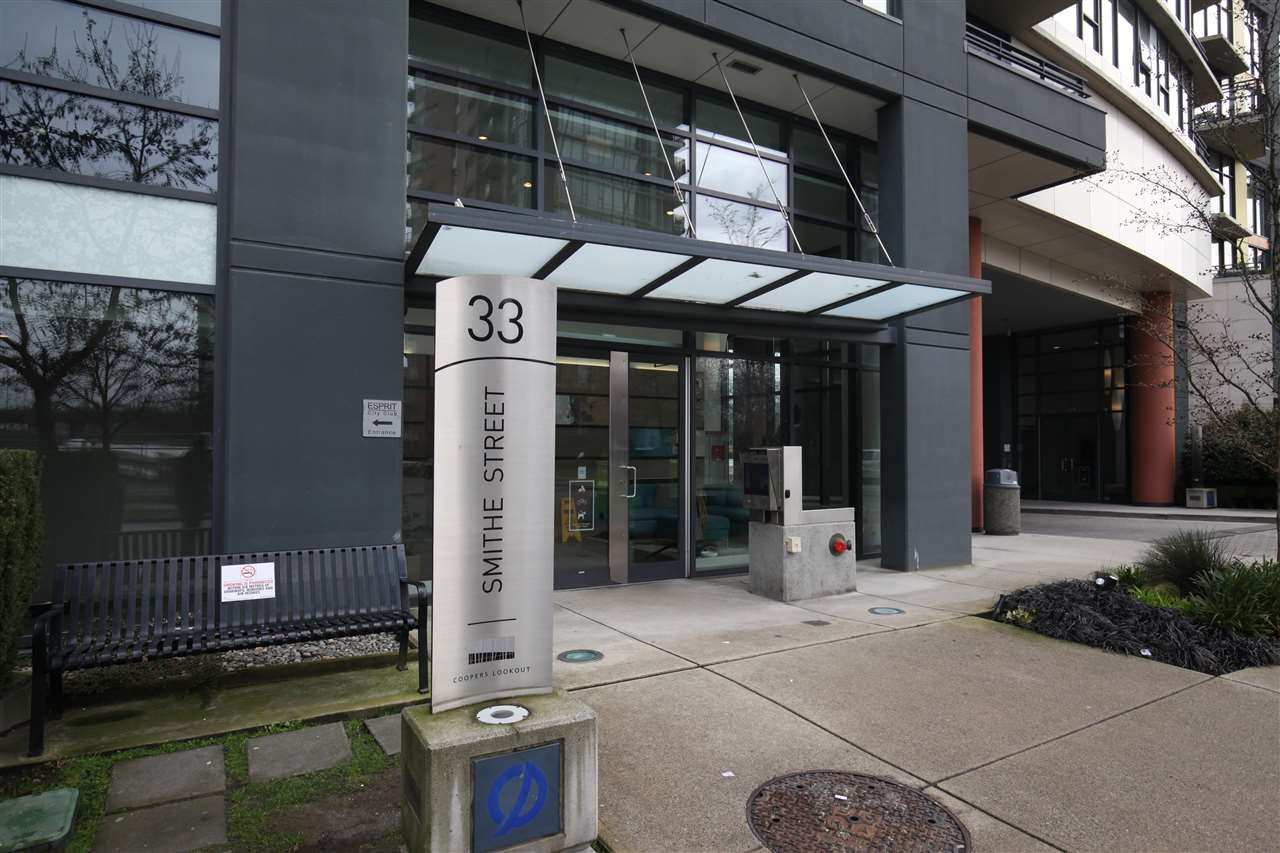 """Main Photo: 606 33 SMITHE Street in Vancouver: Yaletown Condo for sale in """"Coopers Lookout"""" (Vancouver West)  : MLS®# R2440133"""