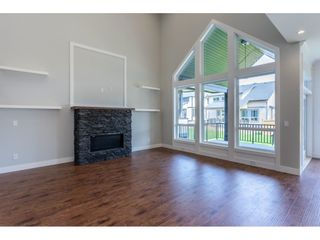 Photo 5: 4410 EMILY CARR Place in Abbotsford: Abbotsford East House for sale : MLS®# R2397608
