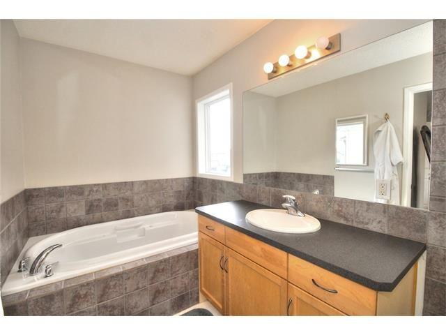 Photo 24: Photos: 123 EVERMEADOW Avenue SW in Calgary: Evergreen House for sale : MLS®# C4072165