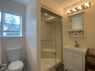 """Photo 32: 5 1552 EVERALL Street: White Rock Townhouse for sale in """"Everall Court"""" (South Surrey White Rock)  : MLS®# R2510712"""
