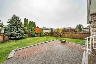 """Photo 20: 1858 WALNUT Crescent in Coquitlam: Central Coquitlam House for sale in """"LAURENTIAN HEIGHTS"""" : MLS®# R2334378"""