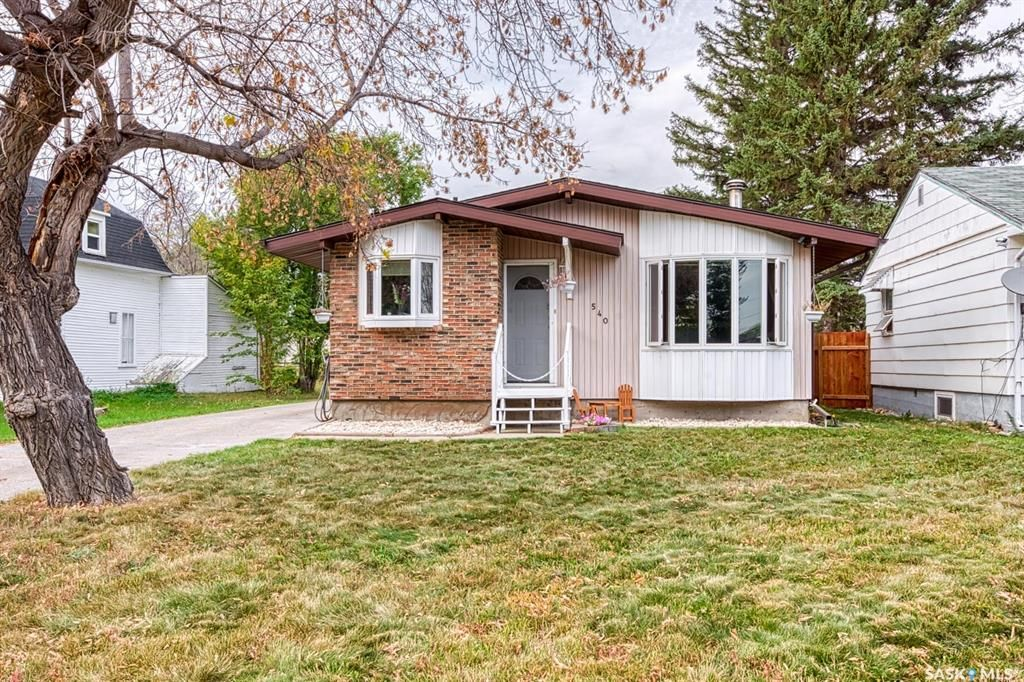 Main Photo: 540 Broadway Street East in Fort Qu'Appelle: Residential for sale : MLS®# SK873603