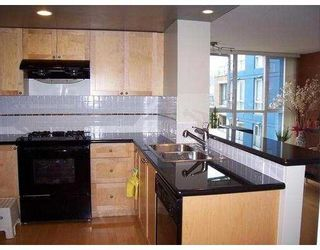 """Photo 10: 1485 W 6TH Ave in Vancouver: False Creek Condo for sale in """"CARRARA"""" (Vancouver West)  : MLS®# V634204"""