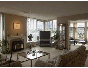 Photo 3: Photos: 906 1250 QUAYSIDE Drive in New Westminster: Quay Home for sale ()  : MLS®# V601957