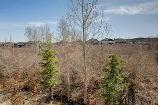 Photo 36: 102 Crestbrook Hill SW in Calgary: Crestmont Detached for sale : MLS®# A1100140