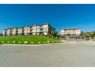 """Photo 2: A116 33755 7TH Avenue in Mission: Mission BC Condo for sale in """"THE MEWS"""" : MLS®# R2508511"""