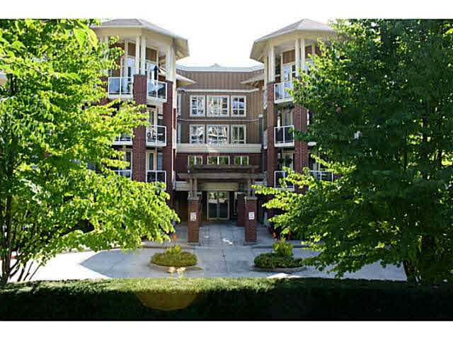 Main Photo: 209 14 E ROYAL AVENUE in : Fraserview NW Condo for sale : MLS®# V1078715