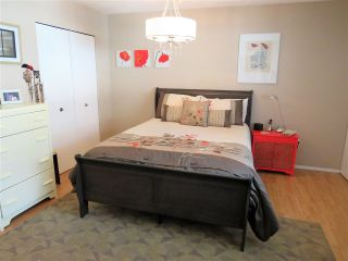 """Photo 13: 5 45640 STOREY Avenue in Sardis: Sardis West Vedder Rd Townhouse for sale in """"WHISPERING PINES"""" : MLS®# R2306187"""