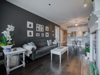 """Photo 7: 303 1226 HAMILTON Street in Vancouver: Yaletown Condo for sale in """"GREENWICH PLACE"""" (Vancouver West)  : MLS®# R2056690"""