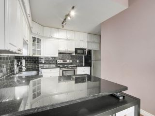 """Photo 13: 432 5735 HAMPTON Place in Vancouver: University VW Condo for sale in """"The Bristol"""" (Vancouver West)  : MLS®# R2541158"""