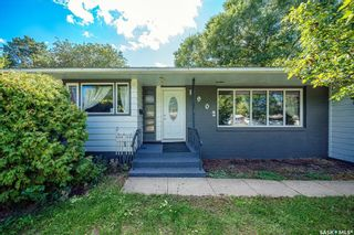 Main Photo: 1902 Ewart Avenue in Saskatoon: Holliston Residential for sale : MLS®# SK870459