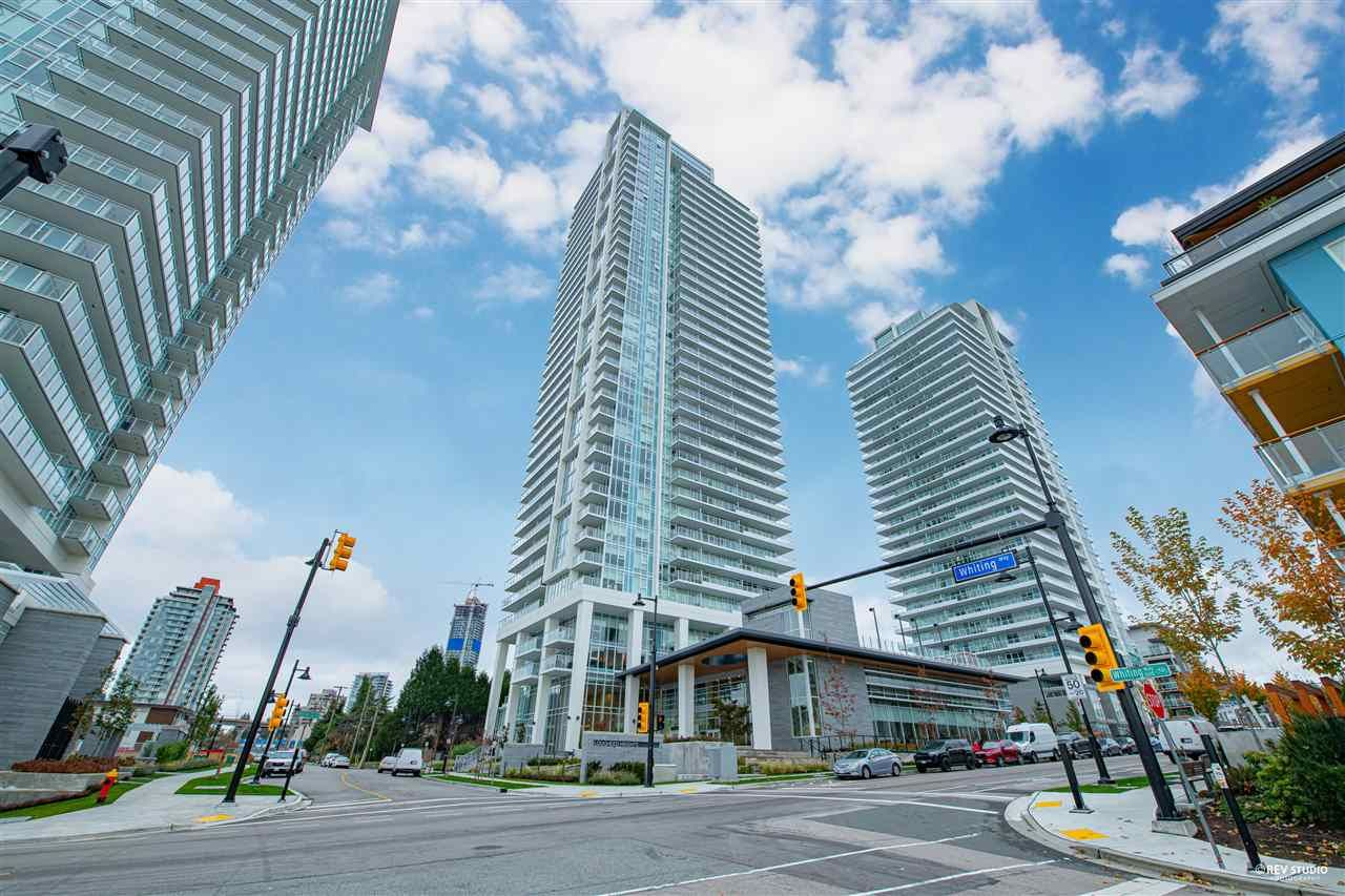 """Main Photo: 2006 657 WHITING Way in Coquitlam: Coquitlam West Condo for sale in """"LOUGHEED HEIGHT 1"""" : MLS®# R2517370"""