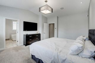 Photo 19: 2704 LIONEL Crescent SW in Calgary: Lakeview Detached for sale : MLS®# C4297137